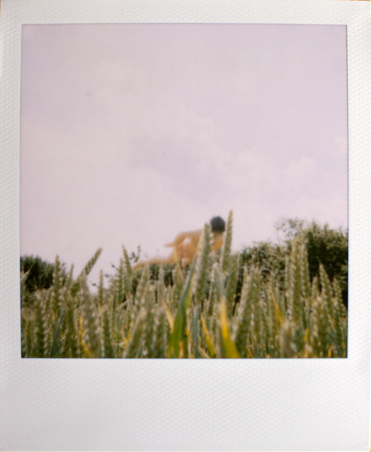 Pola in the Field, photo by Tom Spianti